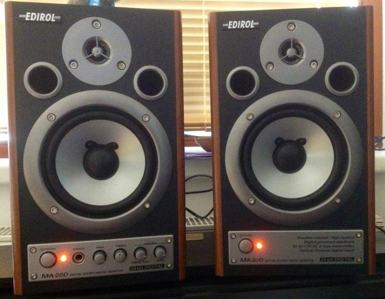 Edirol MA-20D Digital Stereo Micro Monitors