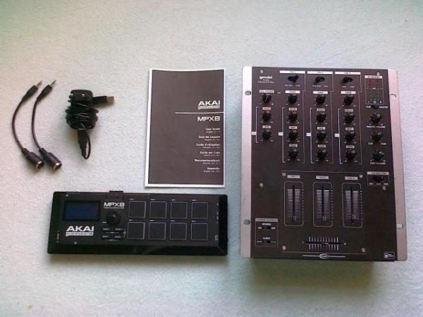 MPX8 Mobile SD Sample Player