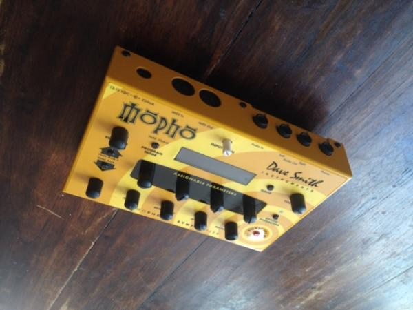 Dave Smith Instruments Mopho Analog Synthesizer