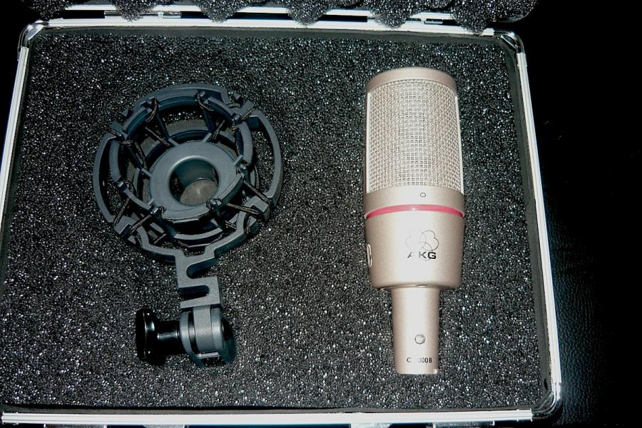 AKG C 2000 B MADE IN AUSTRIA