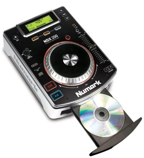 2x CD player NUMARK NDX 200