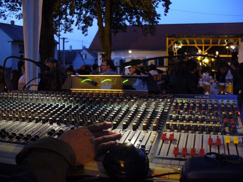 Soundcraft GB8  24/8/2-1