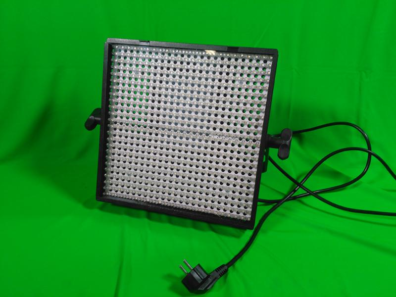 LITEPANELS (LED panely) 1X1 Bi-Focus - Daylight Spot (30 degree) and Daylight Flood (50 degree)