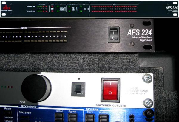 Prodám  DBX AFS 224 Advanced Feedback Suppression processor.