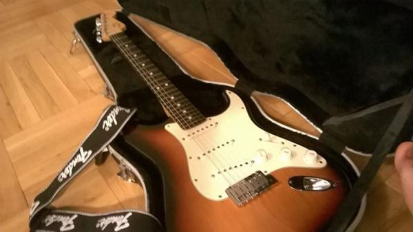 US Fender Stratocaster, top forma, top zvuk