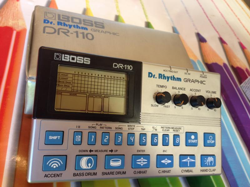 Boss DR-110 Dr. Rhythm Graphic Analog Drum Machine - Predané!