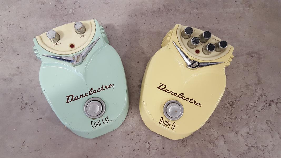 Danelectro - Cool Cat Chorus a Daddy O Overdrive