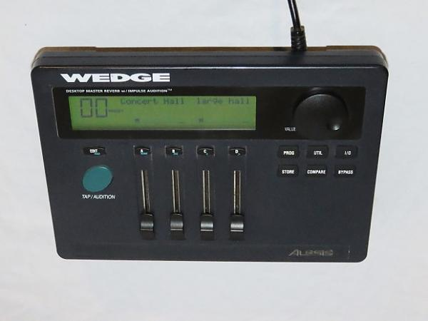 Alesis Wedge