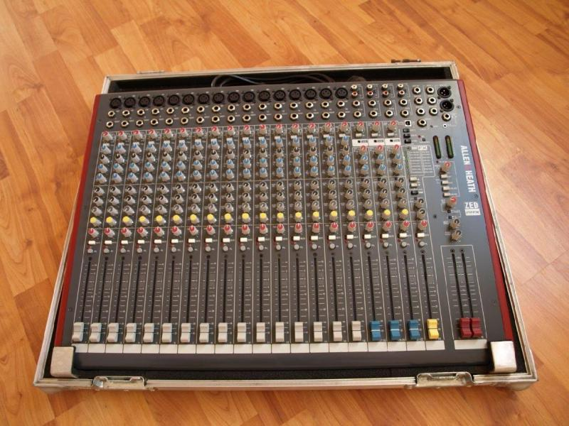 Mix Allen Heath ZED 22FX