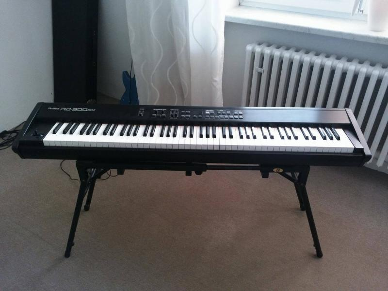 Stage Piano Roland RD 300SX