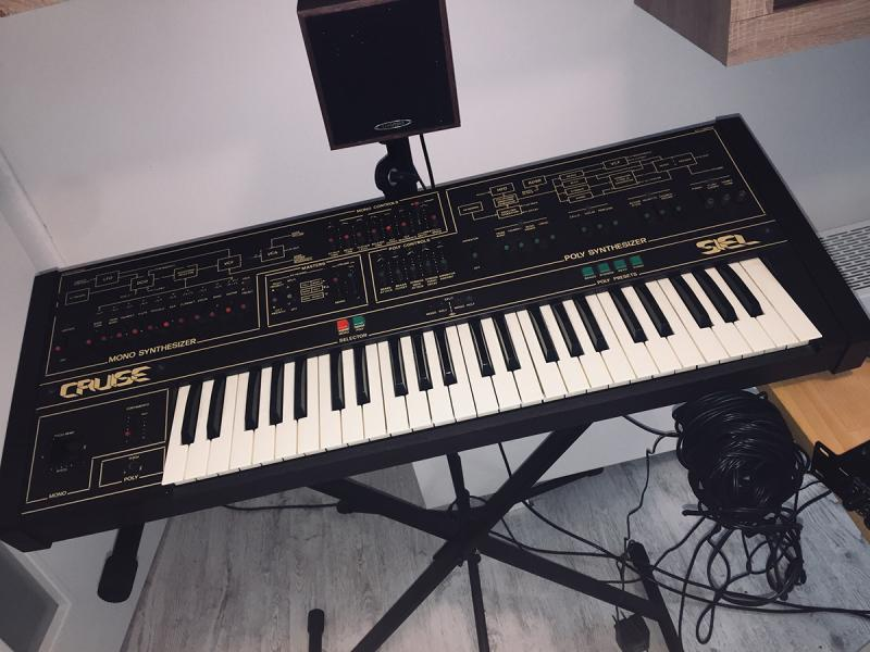 SUPER RARE Siel Cruise vintage synth, perfect condition!