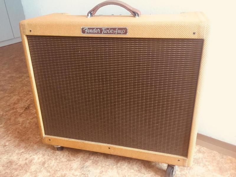Fender Custom Tweed Twin 57 (2x12) za SUPER cenu!!!