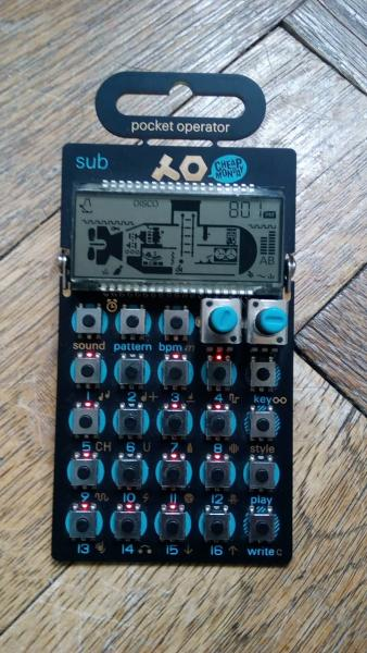 Teenage Engineering Po-14 bass synth