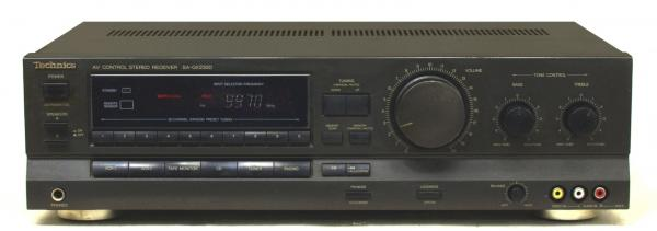 AM / FM receiver TECHNICS 2x 115 W