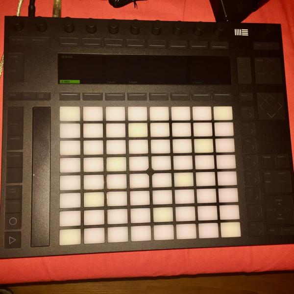 Ableton PUSH 2 + Abletou Suite 10 (el. licence)