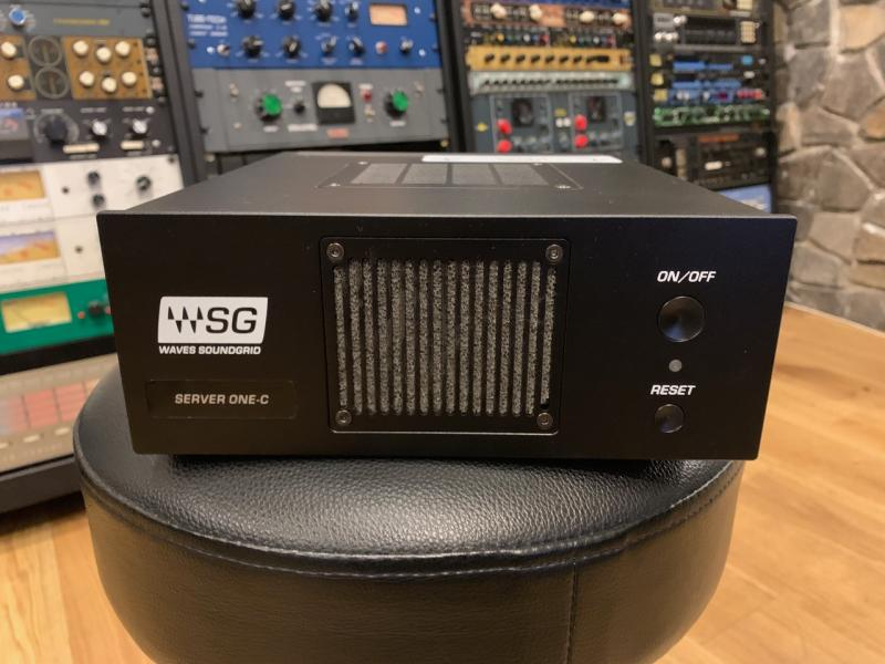 WAVES SOUNDGRID SERVER ONE C