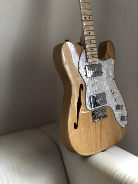 FENDER THINLINE Classic Series 72  MN Natural + gigbag