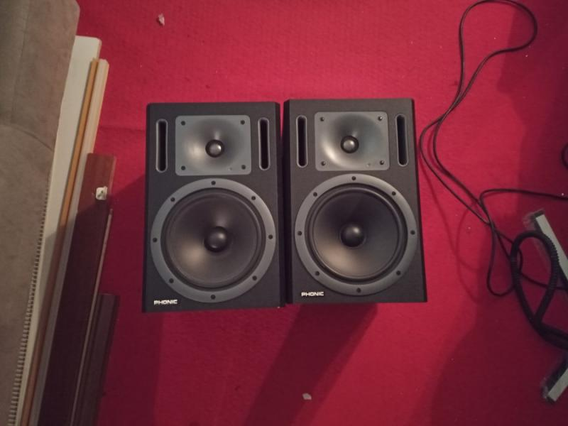 Phonic P8A Powered Studio Monitors - Pair